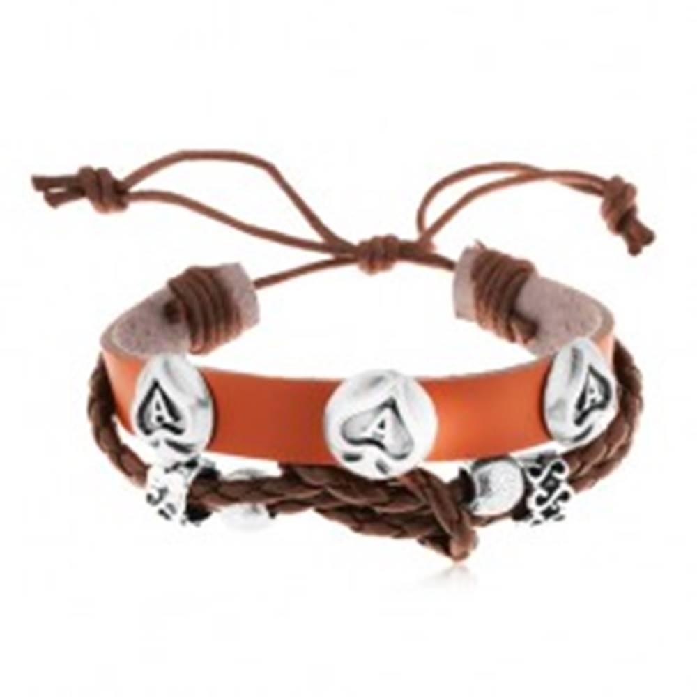 Šperky eshop Kožený náramok hnedej farby s oceľovými ozdobami, pikové esá