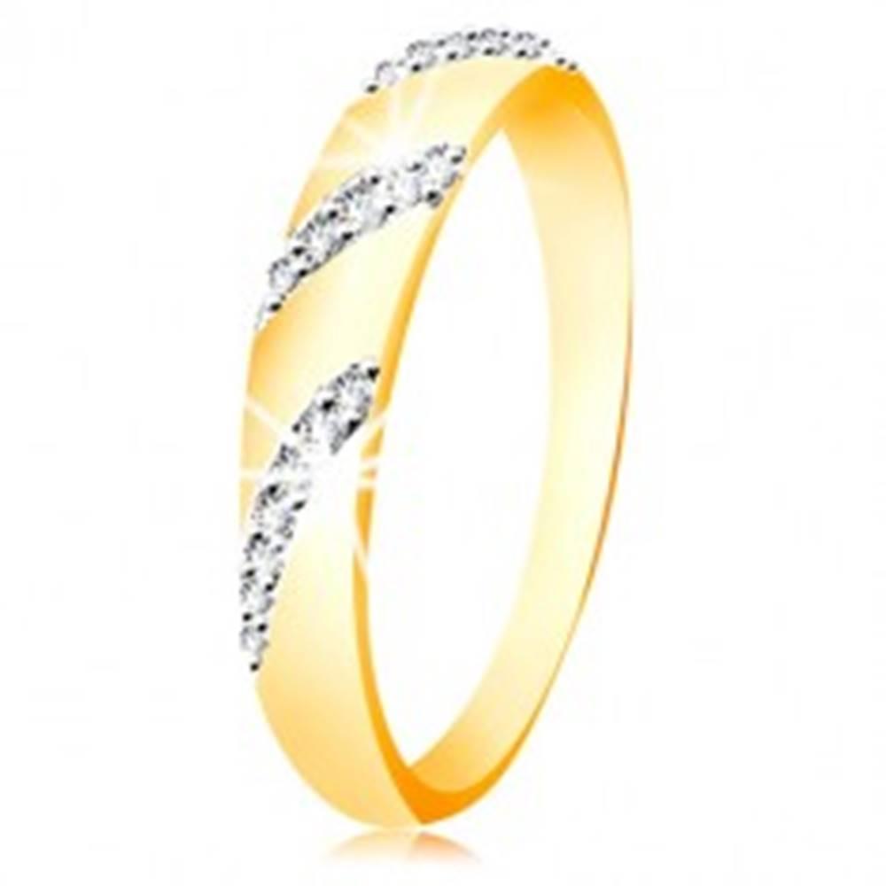 Šperky eshop Prsteň zo 14K zlata so zaobleným povrchom a šikmými líniami zirkónov - Veľkosť: 49 mm