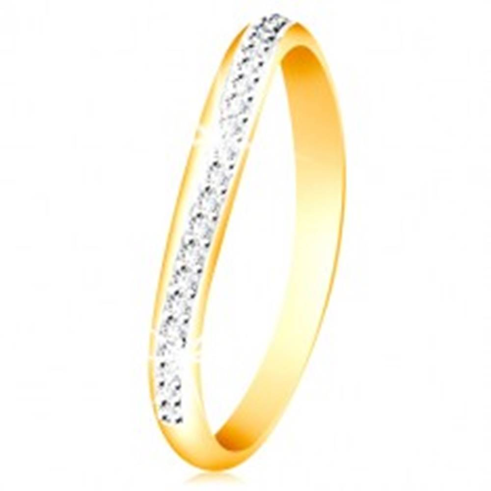 Šperky eshop Zlatý 14K prsteň - ligotavý zvlnený pás z čírych zirkónov a bieleho zlata - Veľkosť: 49 mm