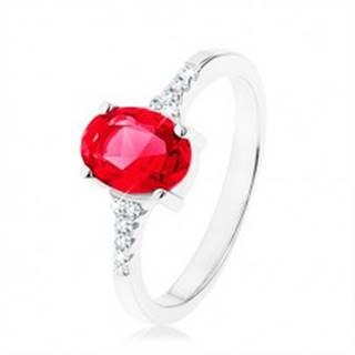 Prsteň, striebro 925, zúžené lesklé ramená, zirkónový ovál červenej farby - Veľkosť: 49 mm