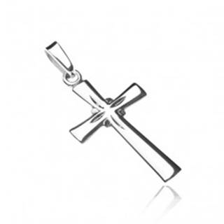 Strieborný prívesok 925 - lesklý kríž, gravírované lúče