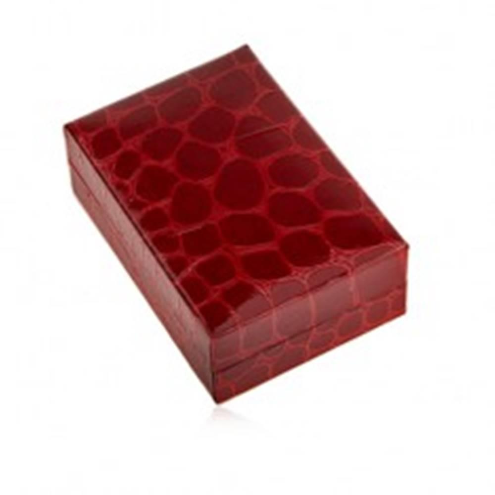 Šperky eshop Darčeková krabička na náušnice, krokodílí vzor, tmavočervený odtieň