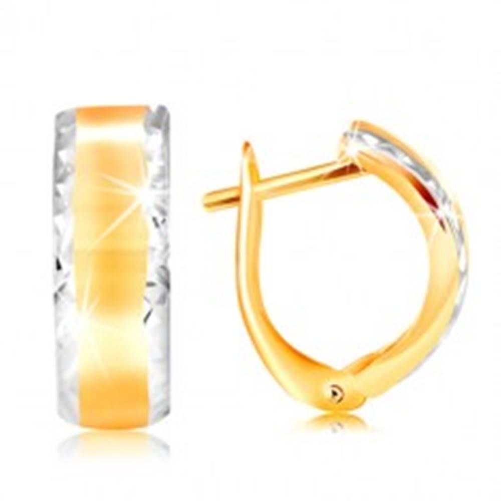 Šperky eshop Náušnice zo 14K zlata - lesklý oblúk s brúsenými okrajmi z bieleho zlata