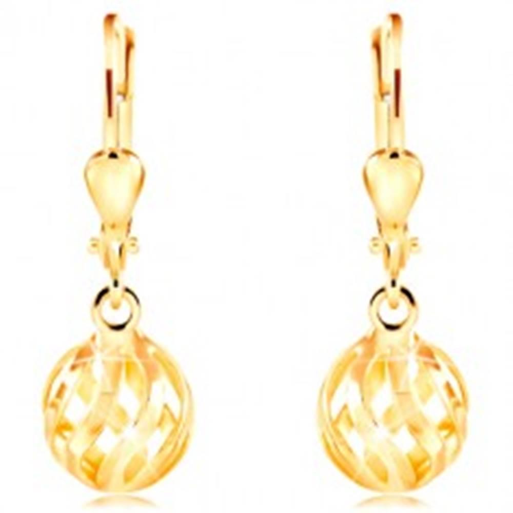 Šperky eshop Náušnice zo žltého 14K zlata - ligotavá dutá guľôčka so zvlnenými výrezmi