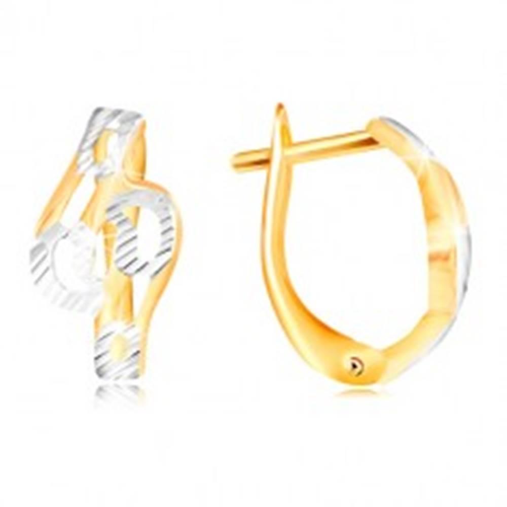 Šperky eshop Zlaté náušnice 585 - lesklé zvlnené línie zdobené zárezmi a bielym zlatom