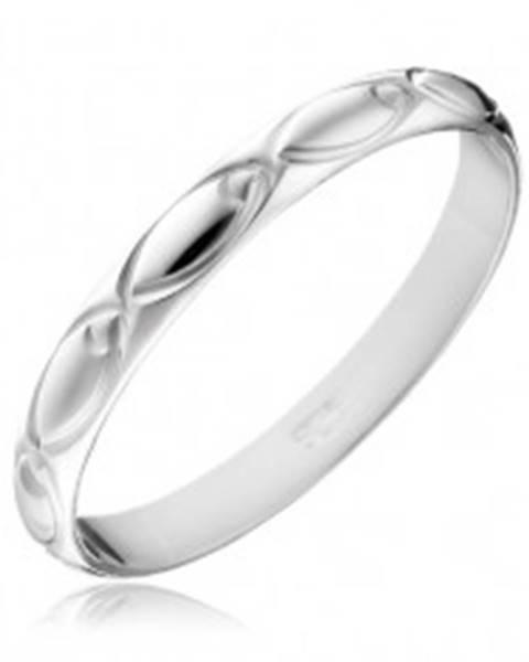 Šperky eshop Strieborná obrúčka 925 - gravírované ovály po obvode - Veľkosť: 49 mm