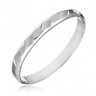 Prsteň zo striebra 925 - lesklé zbrúsené tvary - Veľkosť: 49 mm