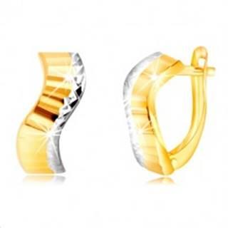 Zlaté náušnice 585 - vlnka s brúsenými pásmi a okrajom z bieleho zlata