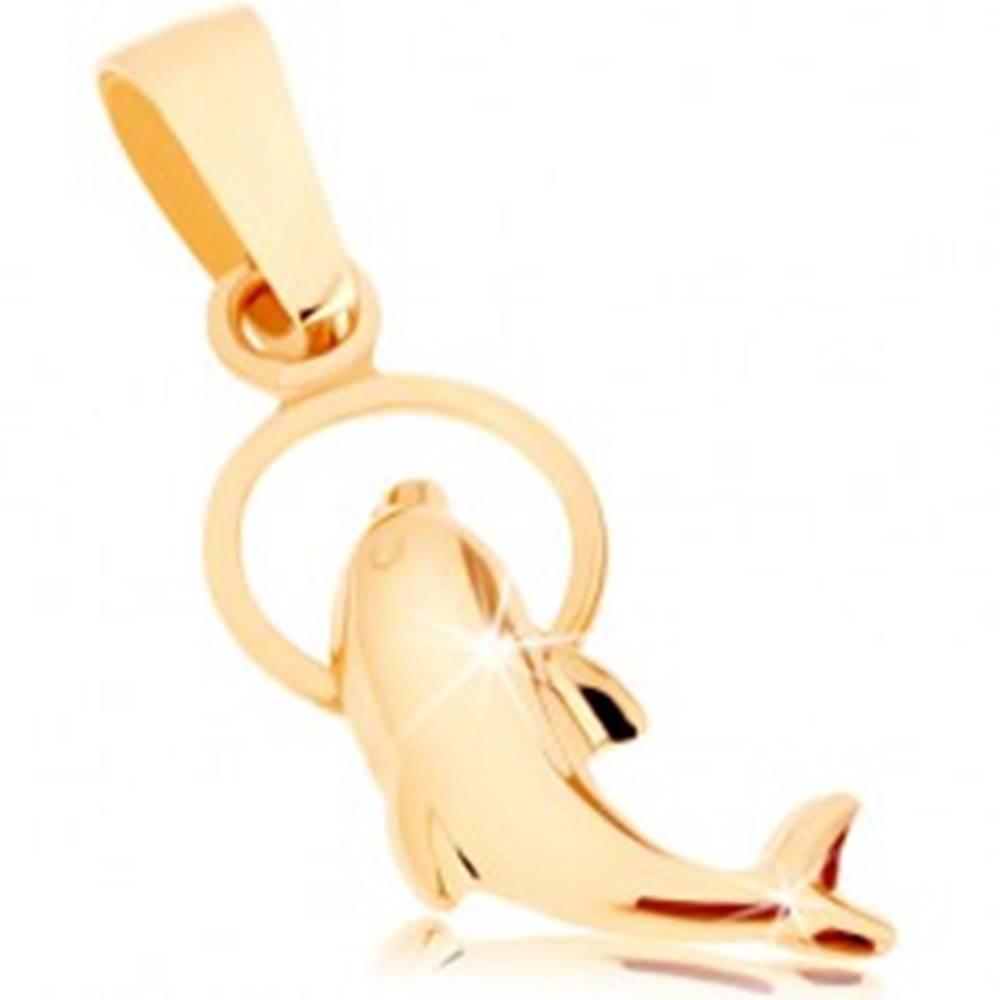 Šperky eshop Lesklý prívesok zo žltého 9K zlata - delfín preskakujúci cez obruč