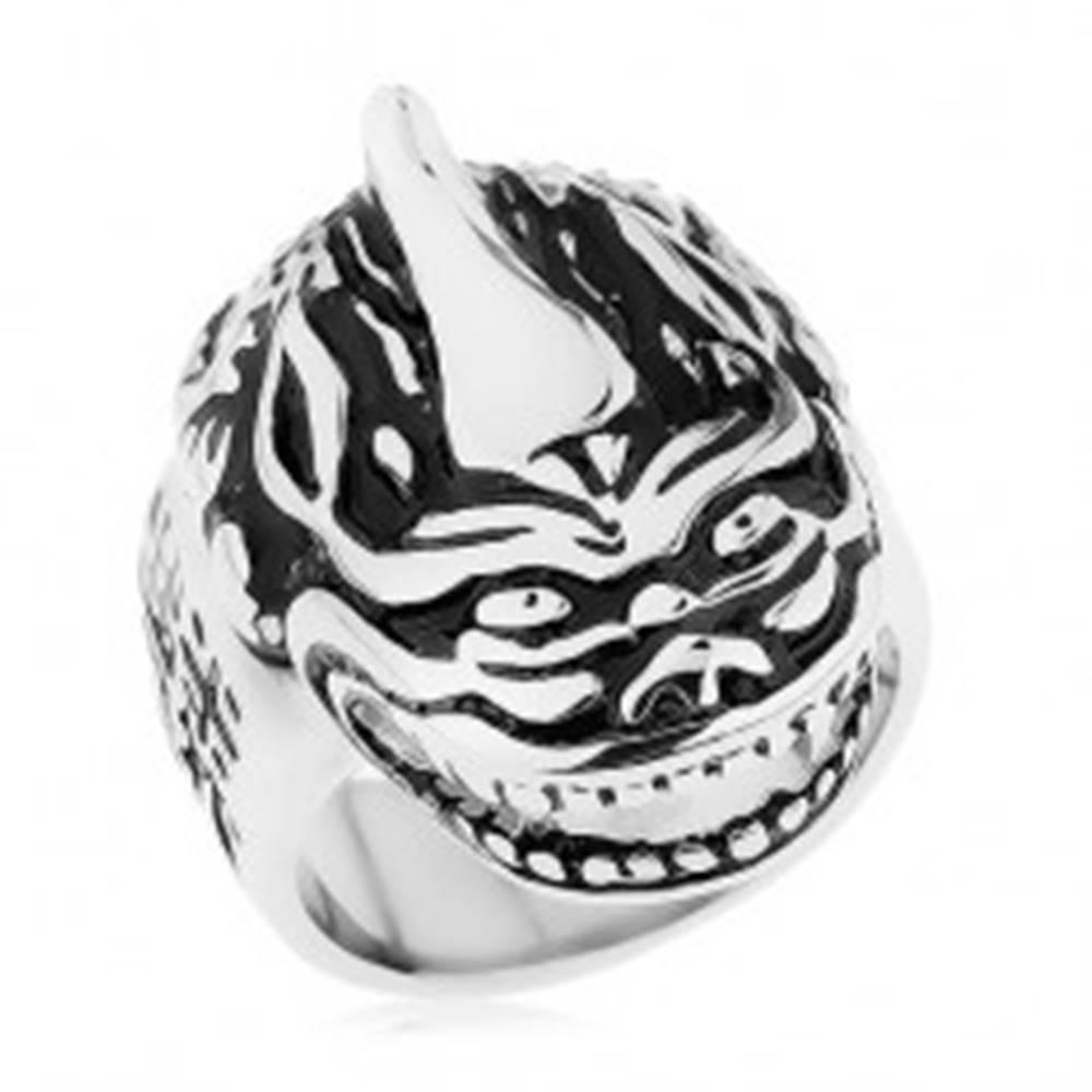 Šperky eshop Masívny prsteň, oceľ 316L, patina, hlava draka, čínske znaky - Veľkosť: 60 mm