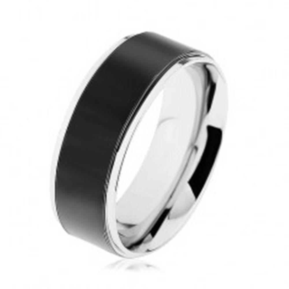 Šperky eshop Obrúčka z ocele 316L, čierny pás, vysokolesklý lem striebornej farby - Veľkosť: 57 mm