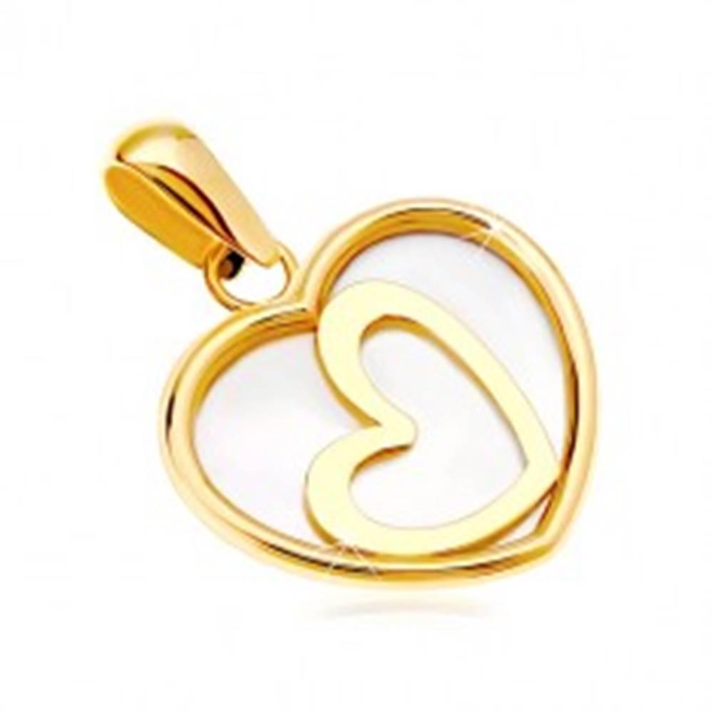 Šperky eshop Prívesok zo žltého 14K zlata - srdce s perleťou a šikmým obrysom v strede