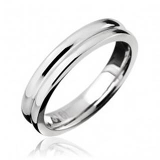 Prsteň z ocele - obrúčka so zárezom v strede - Veľkosť: 49 mm