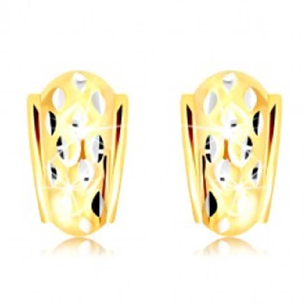 Šperky eshop Náušnice v 14K zlate - atypický oblúk so zrniečkami z bieleho zlata