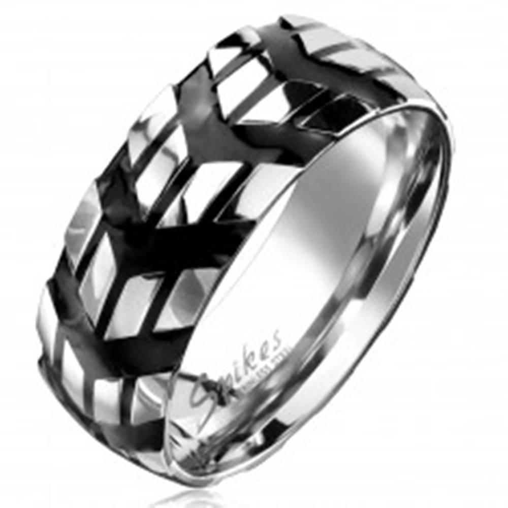Šperky eshop Prsteň z chirurgickej ocele so vzorom čiernych šípok, 8 mm - Veľkosť: 59 mm
