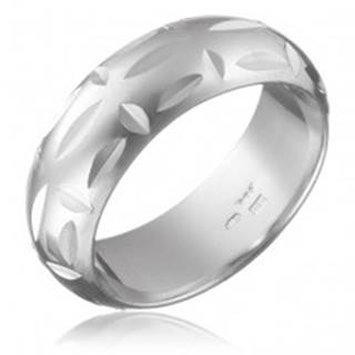 Prsteň zo striebra 925 - lesklé zárezy, kolmo uložené priehlbinky - Veľkosť: 49 mm