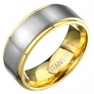 Titánový prsteň v zlatej farbe s matným pásom striebornej farby - Veľkosť: 57 mm