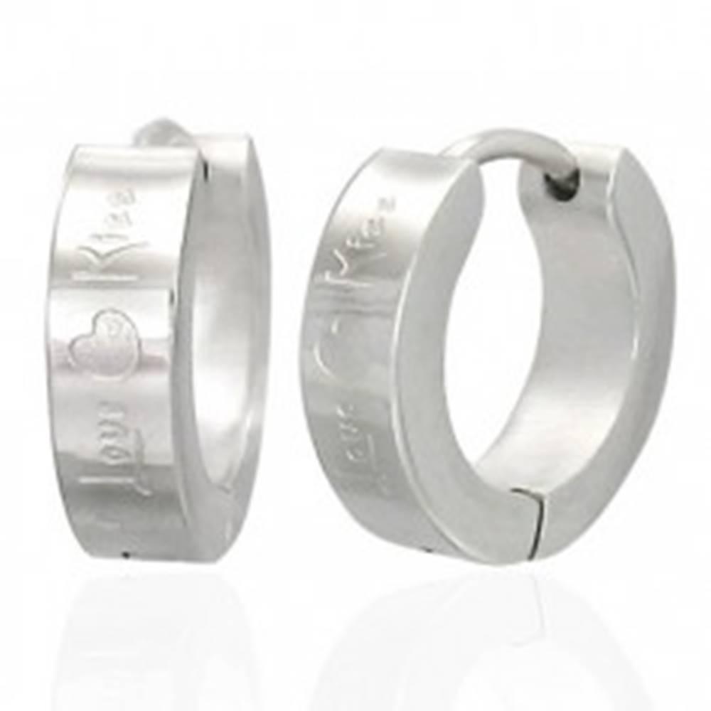 Šperky eshop Náušnice z ocele 316L, strieborný odtieň, gravírované srdiečka a nápis