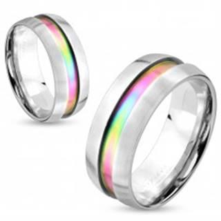 Oceľový prsteň striebornej farby, dúhový prúžok, vyvýšené okraje, 8 mm - Veľkosť: 60 mm
