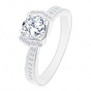 Zásnubný strieborný prsteň 925, žiarivý číry zirkón, dva ligotavé oblúky - Veľkosť: 49 mm