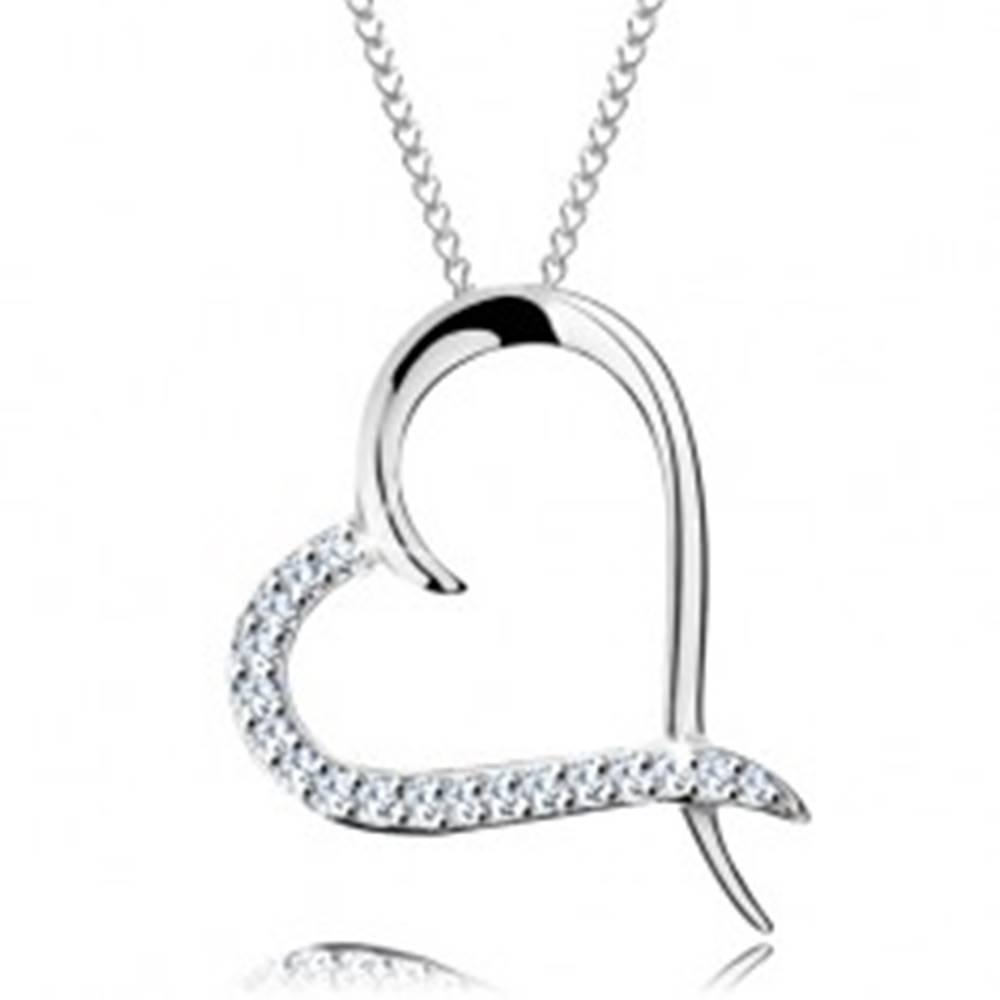 Šperky eshop Náhrdelník zo striebra 925, retiazka a obrys srdca so zirkónovou polovicou
