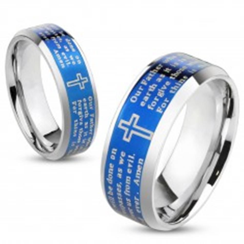 Šperky eshop Oceľová obrúčka s modrým stredovým pásom, krížom a modlitbou, 6 mm - Veľkosť: 49 mm