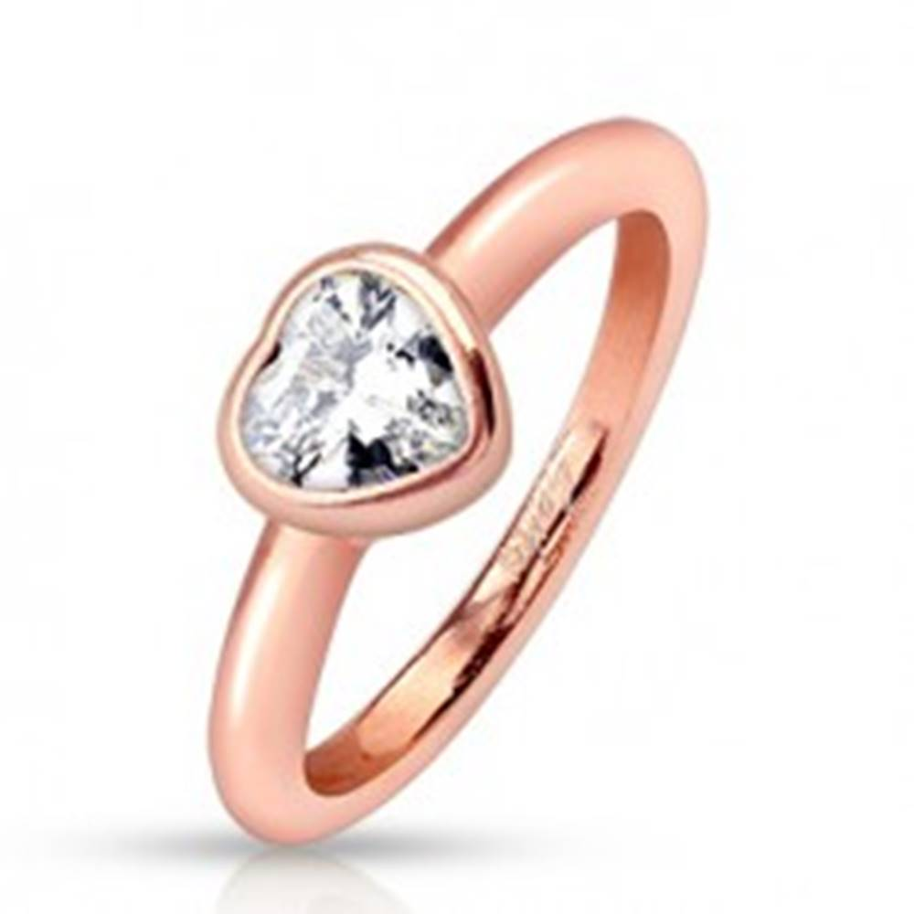Šperky eshop Oceľový prsteň, medený odtieň, zaoblené ramená, číre zirkónové srdce - Veľkosť: 48 mm