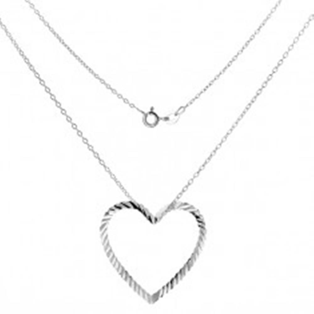 Šperky eshop Strieborný náhrdelník 925 - retiazka s vlnitou kontúrou srdca