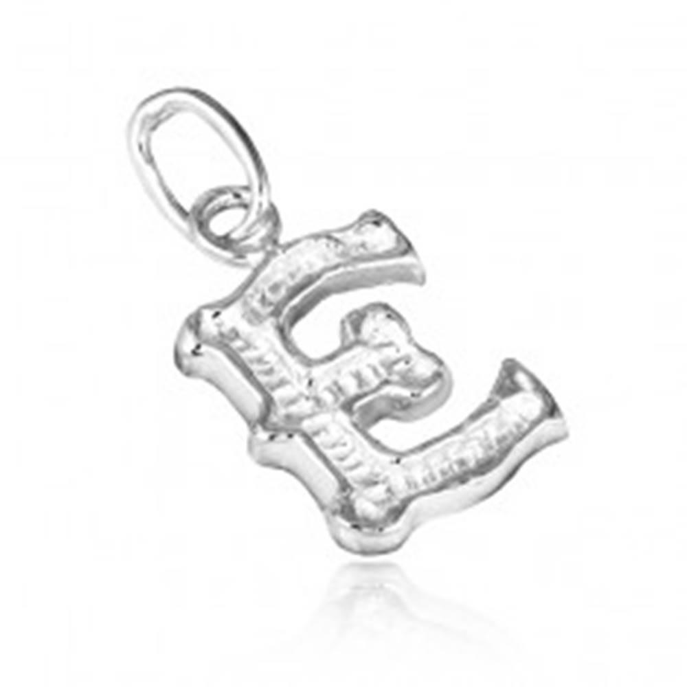 Šperky eshop Strieborný prívesok 925 - vyrezávané písmeno E