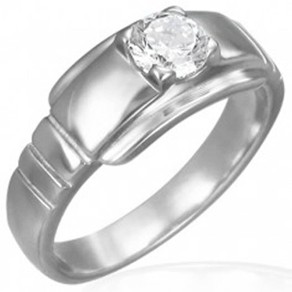 Šperky eshop Zásnubný prsteň z chirurgickej ocele s očkom na širšom podklade - Veľkosť: 49 mm