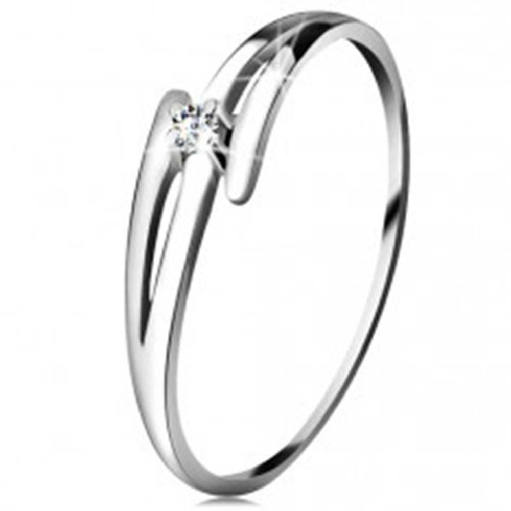 Šperky eshop Briliantový prsteň z bieleho 14K zlata - rozdelené zvlnené ramená, číry diamant - Veľkosť: 49 mm