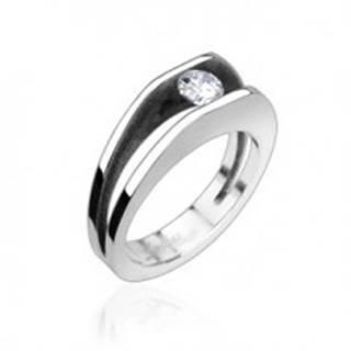 Oceľový prsteň s 5 mm zirkónom - Veľkosť: 49 mm
