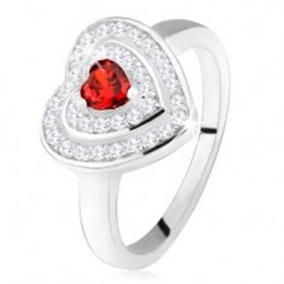 Prsteň s červeným zirkónovým srdiečkom, číre zirkóny - obrysy sŕdc, striebro 925 - Veľkosť: 50 mm
