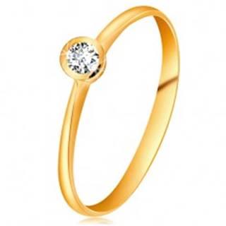 Prsteň zo žltého 14K zlata - ligotavý číry briliant v lesklej objímke, zúžené ramená - Veľkosť: 49 mm