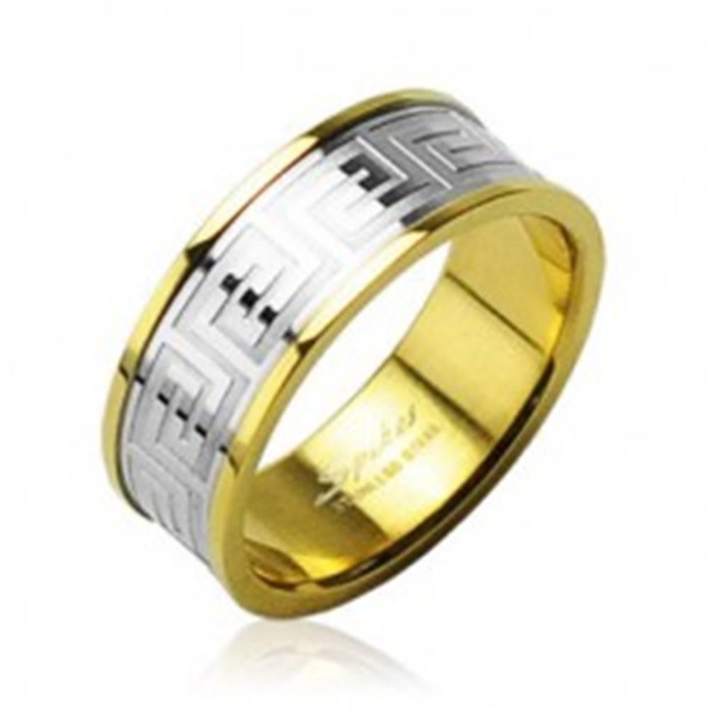Šperky eshop Obrúčka z chirurgickej ocele zlatej farby so stredovým pruhom striebornej farby - Veľkosť: 49 mm