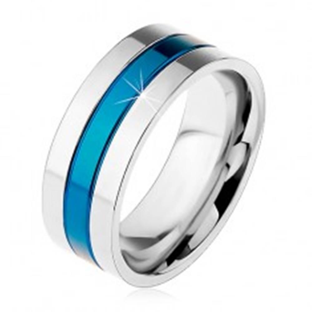 Šperky eshop Obrúčka z ocele 316L, modrý stredový pás, okraje striebornej farby, zárezy, 8 mm - Veľkosť: 57 mm