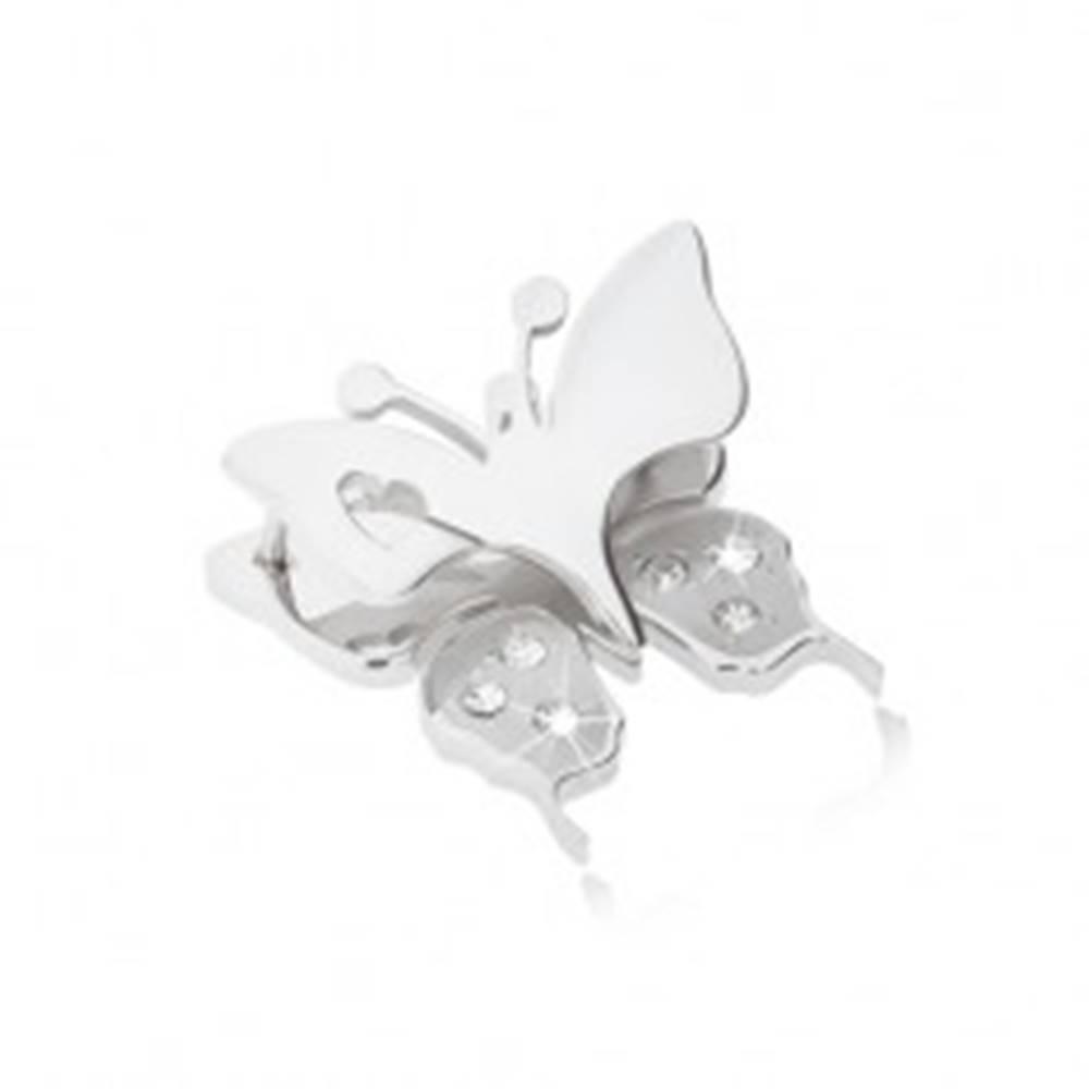 Šperky eshop Prívesok z chirurgickej ocele - motýľ s výrezom srdiečka na krídlach, číre zirkóniky