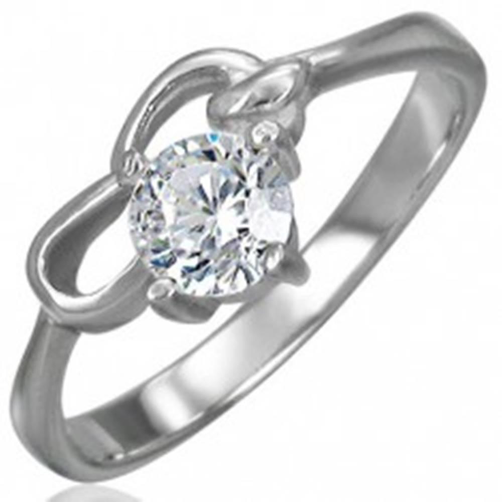 Šperky eshop Zásnubný prsteň z chirurgickej ocele so zirkónom čírej farby a dvoma slučkami - Veľkosť: 48 mm