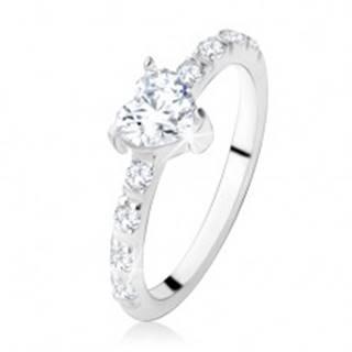 Zásnubný prsteň zo striebra 925, zirkónové srdiečko, zdobené ramená - Veľkosť: 49 mm