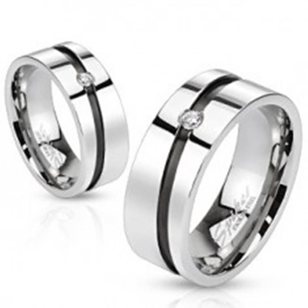 Šperky eshop Obrúčka z chirurgickej ocele - čierny pás so zirkónom  - Veľkosť: 49 mm
