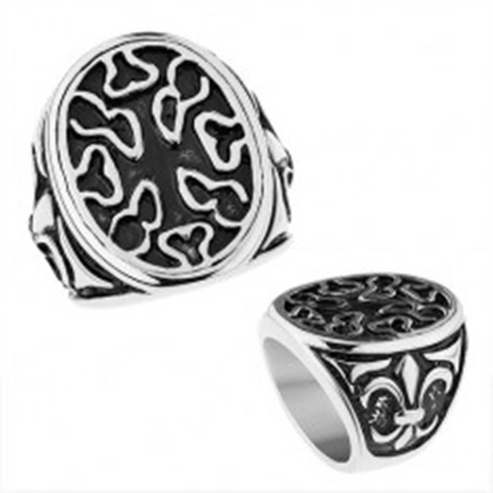 Šperky eshop Patinovaný oceľový prsteň, ovál s nepravidelnými výrezmi, Fleur de Lis - Veľkosť: 56 mm