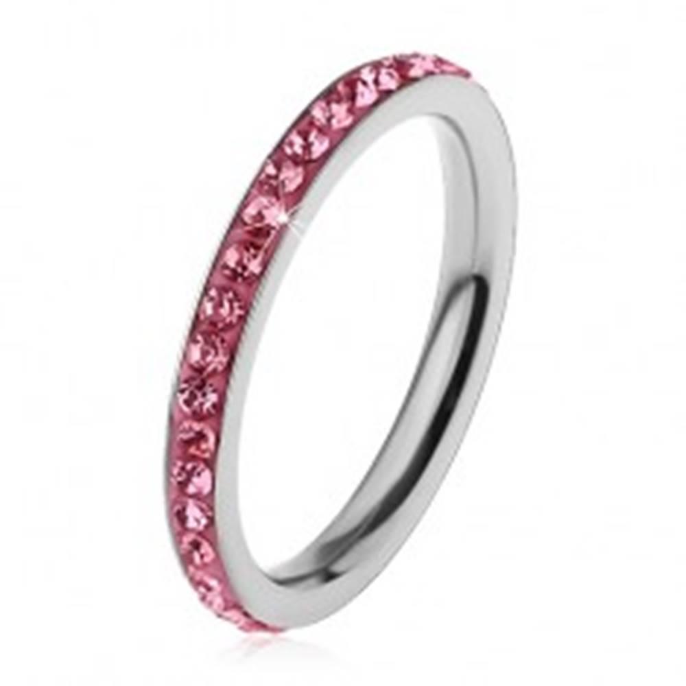 Šperky eshop Prsteň z chirurgickej ocele striebornej farby, žiarivé zirkóniky v ružovom odtieni - Veľkosť: 49 mm