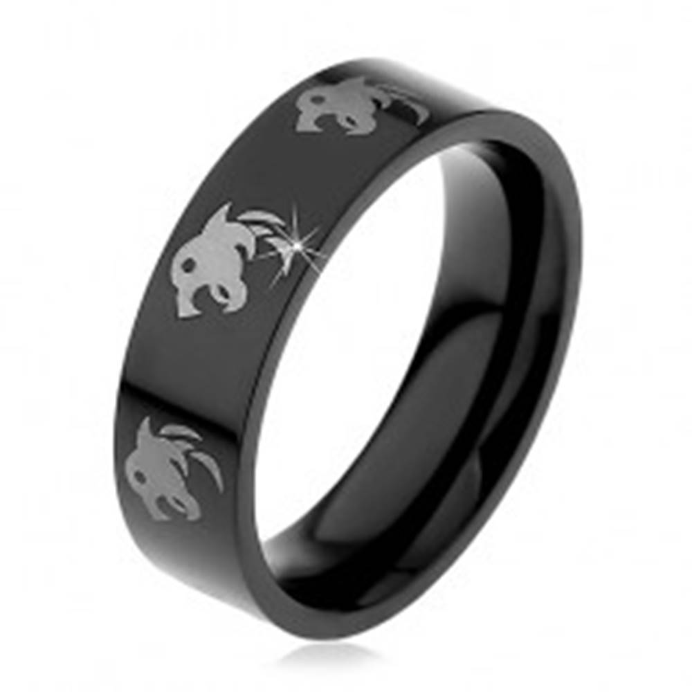 Šperky eshop Čierny oceľový prsteň, potlač vlkov striebornej farby, 6 mm - Veľkosť: 49 mm