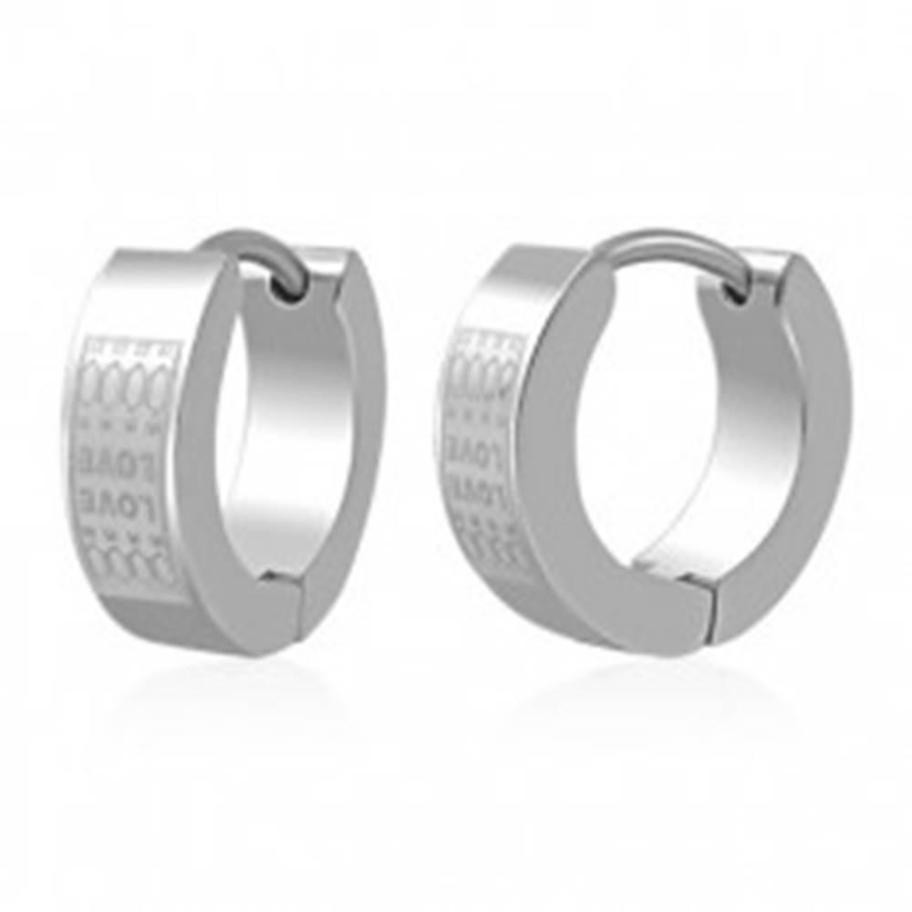 Šperky eshop Náušnice z ocele - obruče s matným vzorom LOVE