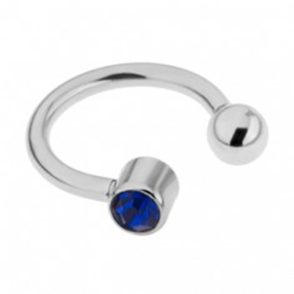 Šperky eshop Oceľový piercing do obočia striebornej farby, tmavomodrý kamienok