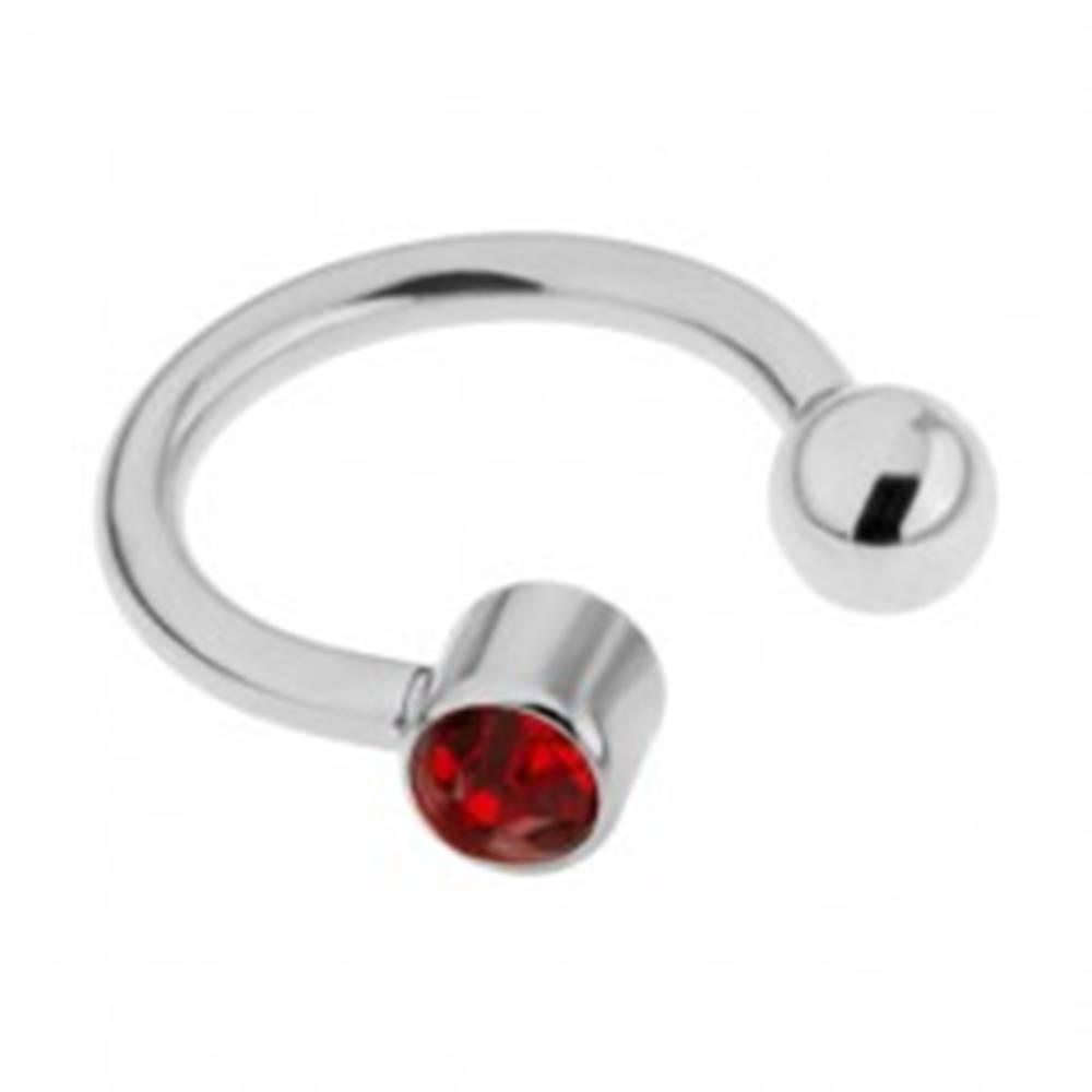 Šperky eshop Piercing z ocele do obočia - podkova striebornej farby, červený zirkón