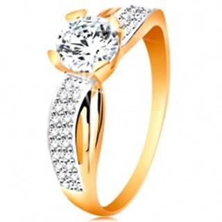 Prsteň zo 14K zlata - okrúhly zirkón čírej farby, trblietavá línia, úzke výrezy - Veľkosť: 49 mm