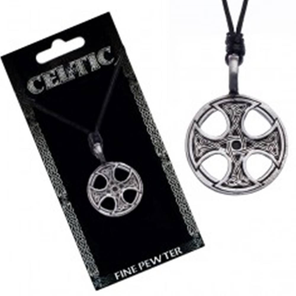Šperky eshop Čierny šnúrkový náhrdelník – kovový prívesok, keltský kríž