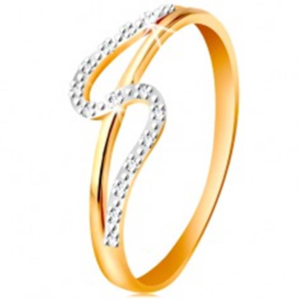 Šperky eshop Diamantový prsteň zo 14K zlata, rovné a zvlnené rameno, drobné číre diamanty - Veľkosť: 49 mm