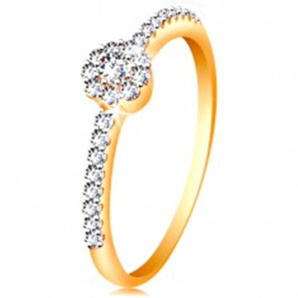 Šperky eshop Prsteň v 14K zlate - žiarivý kvietok z čírych zirkónov, zdobené ramená - Veľkosť: 48 mm